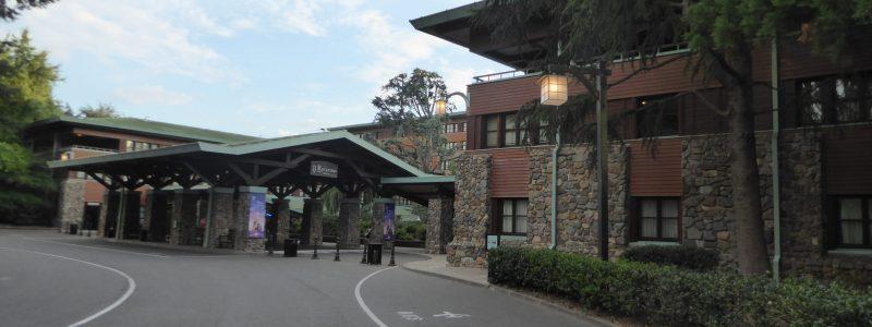 Disney's Sequoia Lodge Disneyland Paris entrance