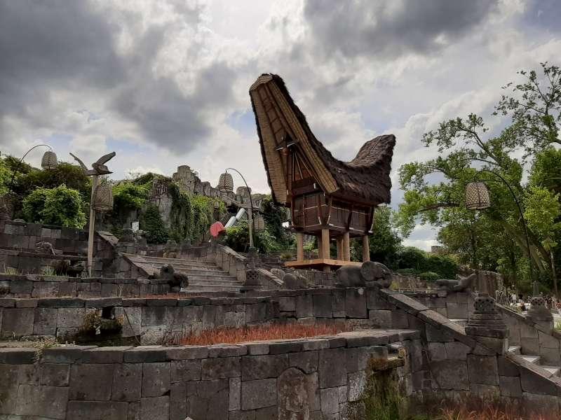 Thailand Pairi Daiza